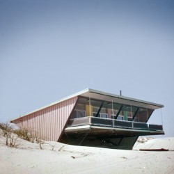 DC Hillier\'s MCM Daily - The Summer House